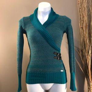 GUESS Sweater Size XS
